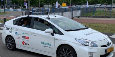 Siemens integrates the u-blox ZED-F9K module into its V2X test fleet