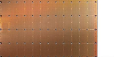 """""""World's largest chip"""" has more compute cores for data access"""